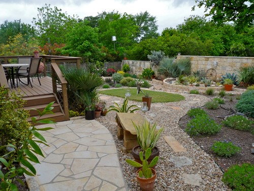 Xeriscaping Backyard Landscaping Ideas : Below are some visual examples of Xeriscaping that has been done in